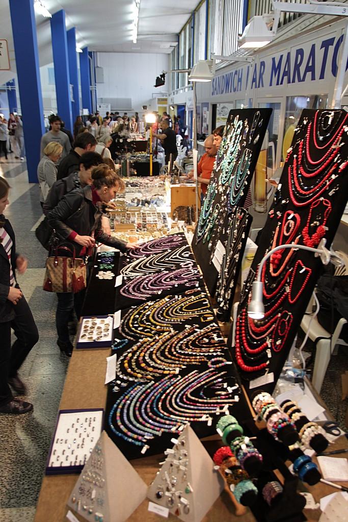 Prodaja ogrlica