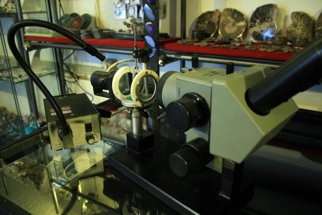 gemološki mikroskop