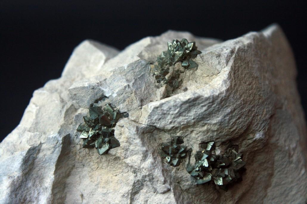 pirit mineral