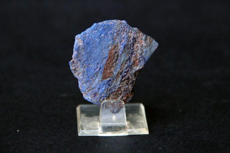 mineral rihterit