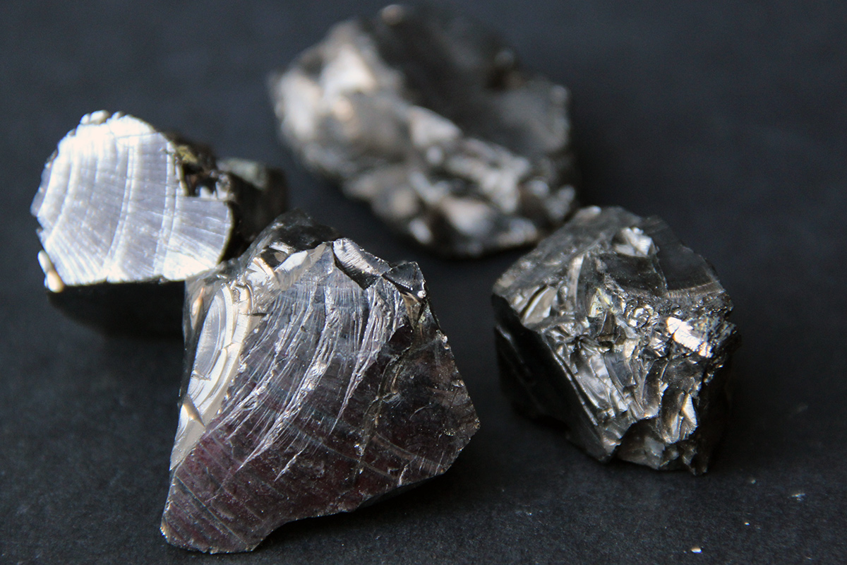 mineral šungit