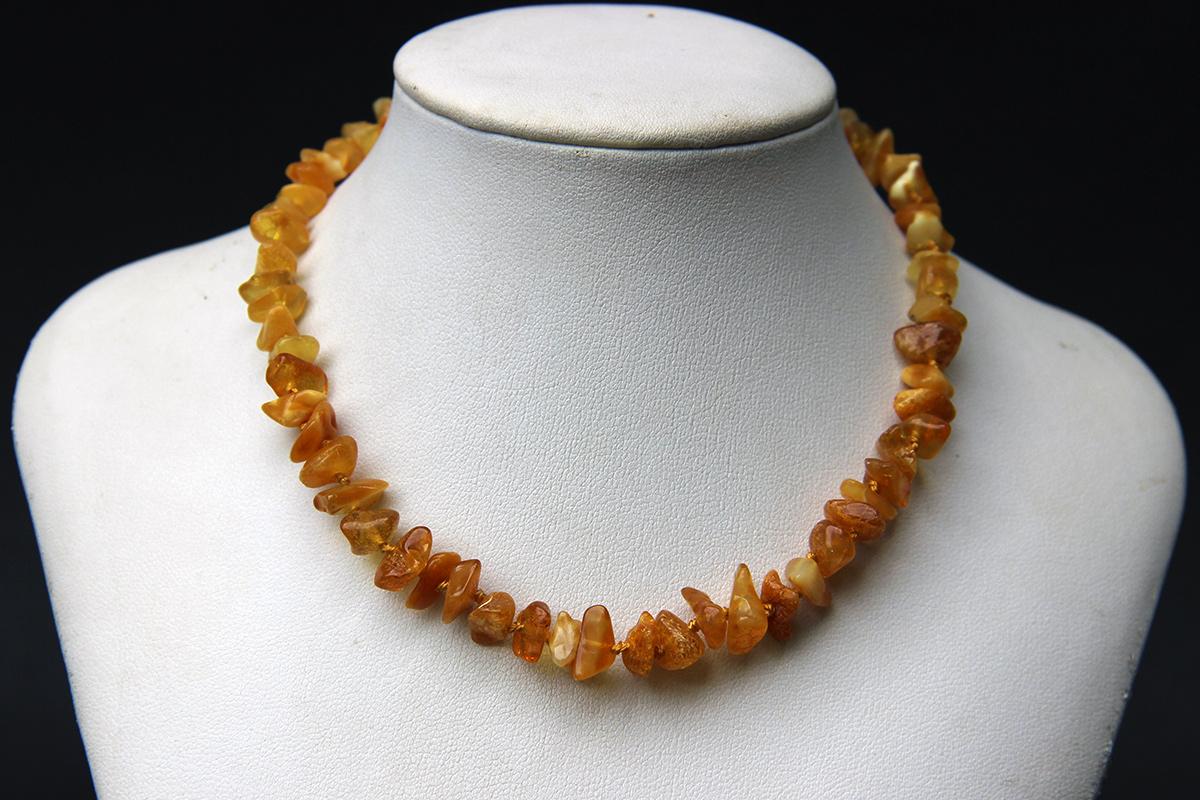 ogrlica za bebe od jantara