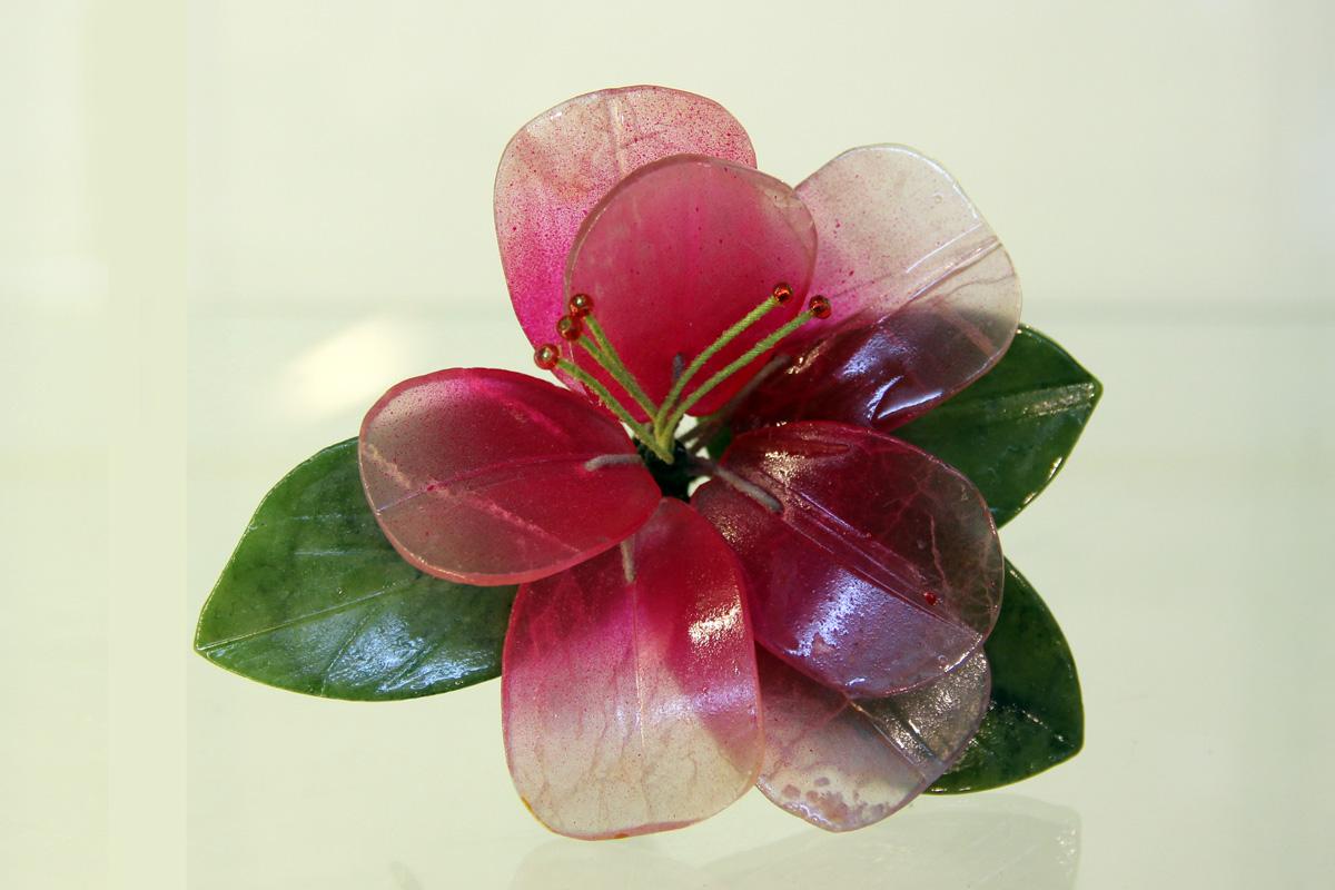 cvijet od zelenog žada nefrita
