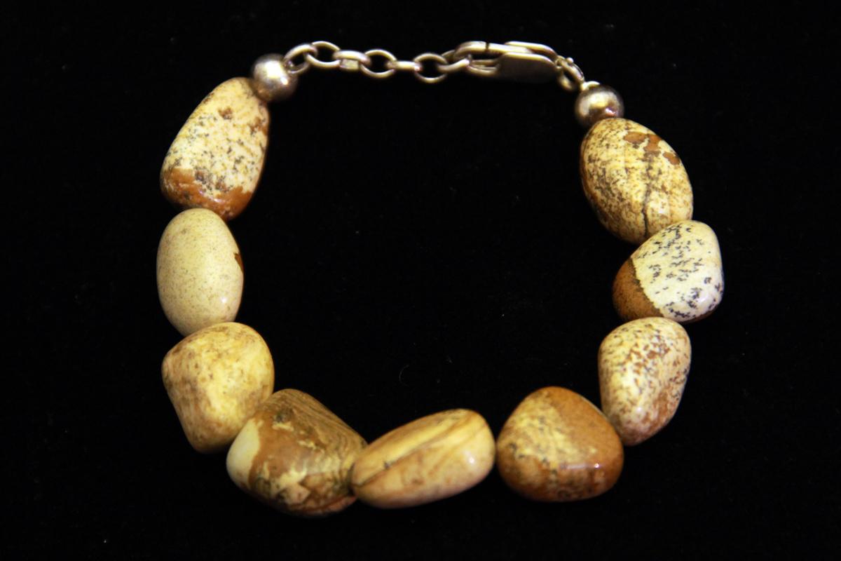 zemljani jaspis, mineral, poludragi kamen
