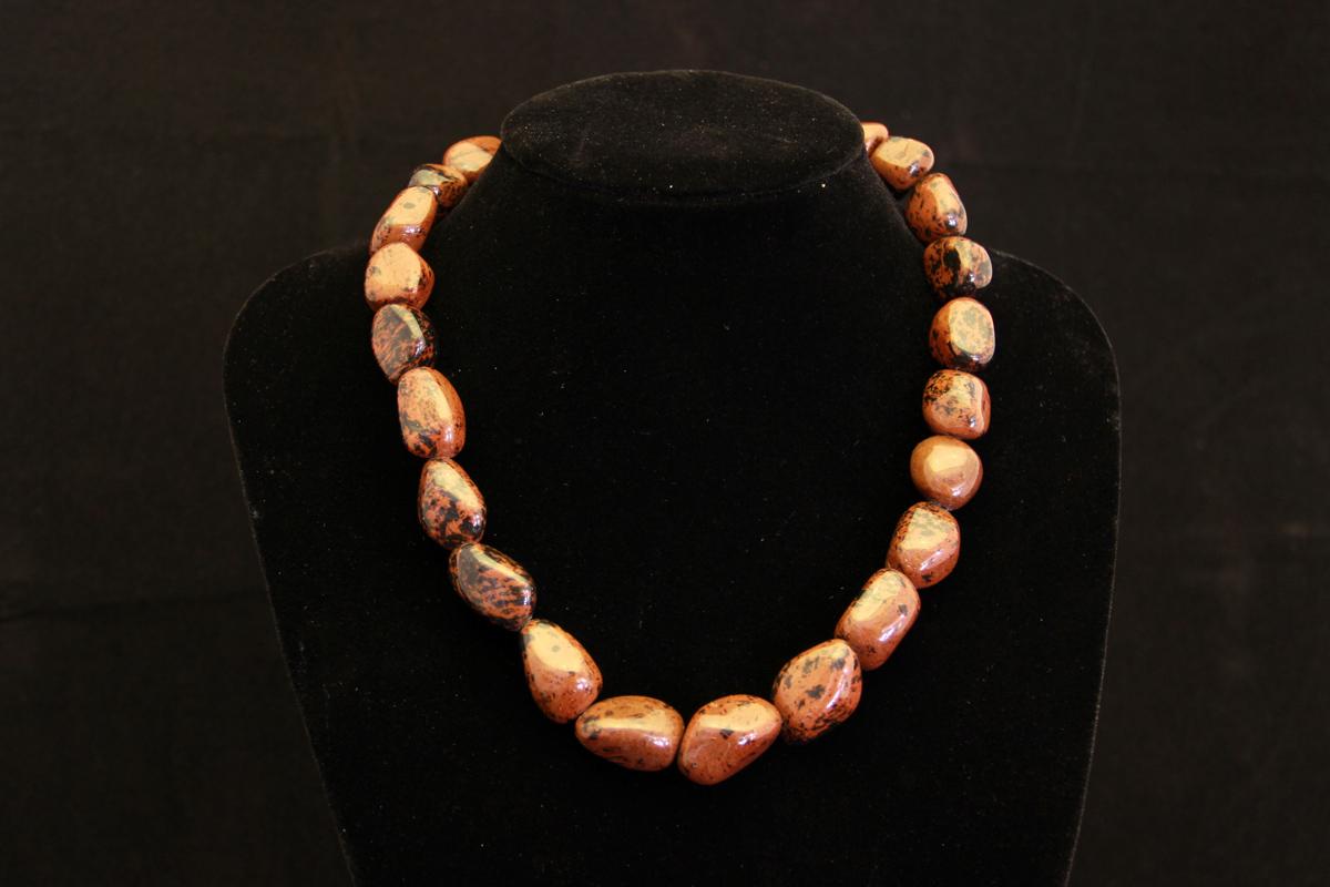 Opsidijan ogrlica