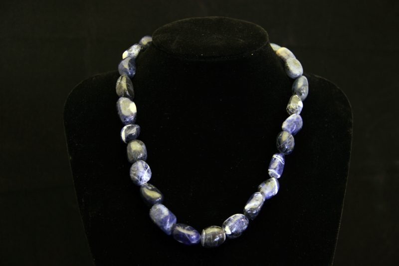 Sodalit ogrlica