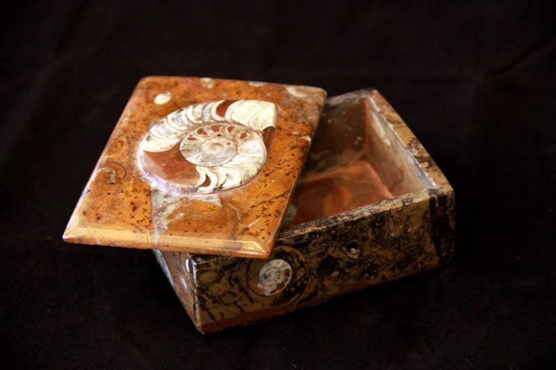 Kamena kutija