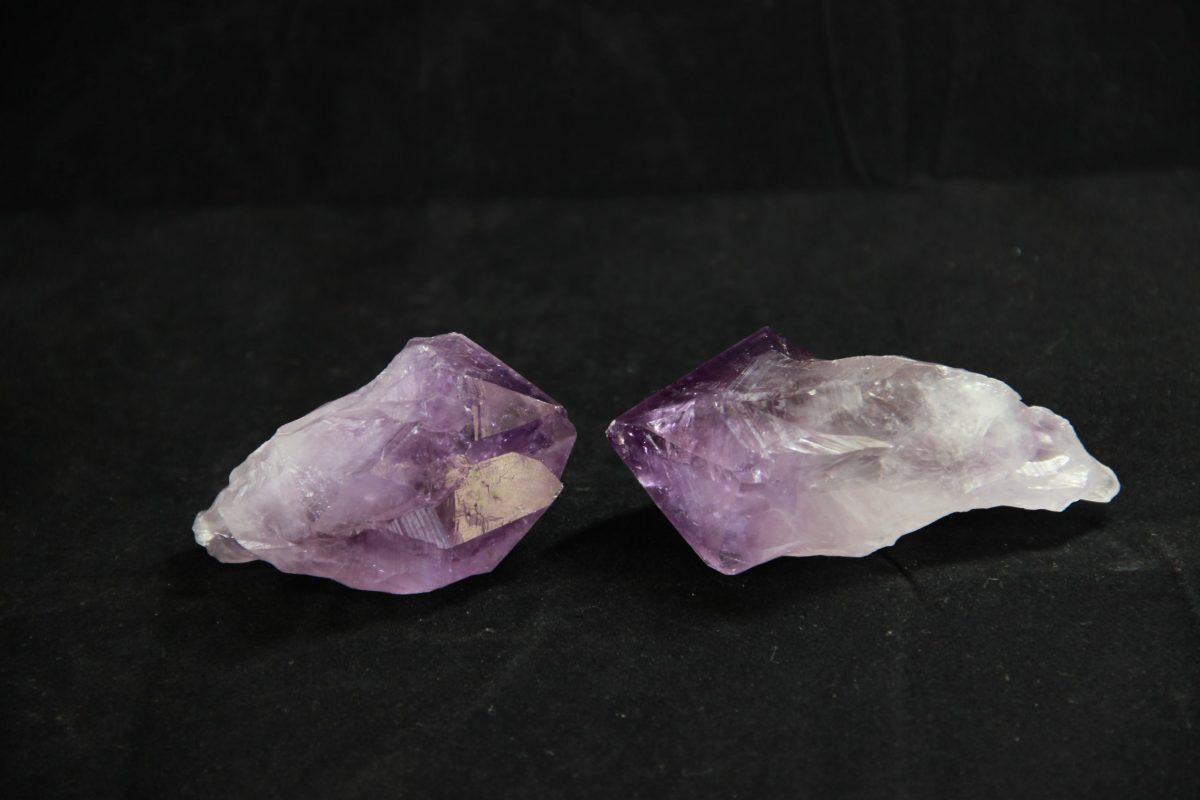 Ametist,kristal, poludragi kamen