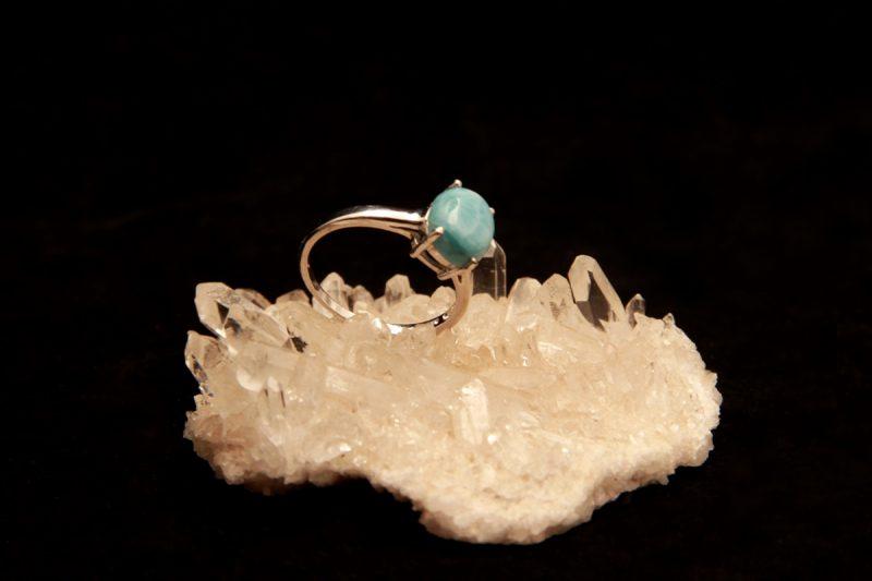 prsten s larimarom