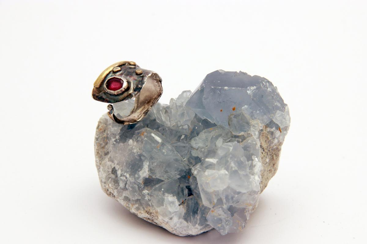 unikatni prsten sa turmalinom