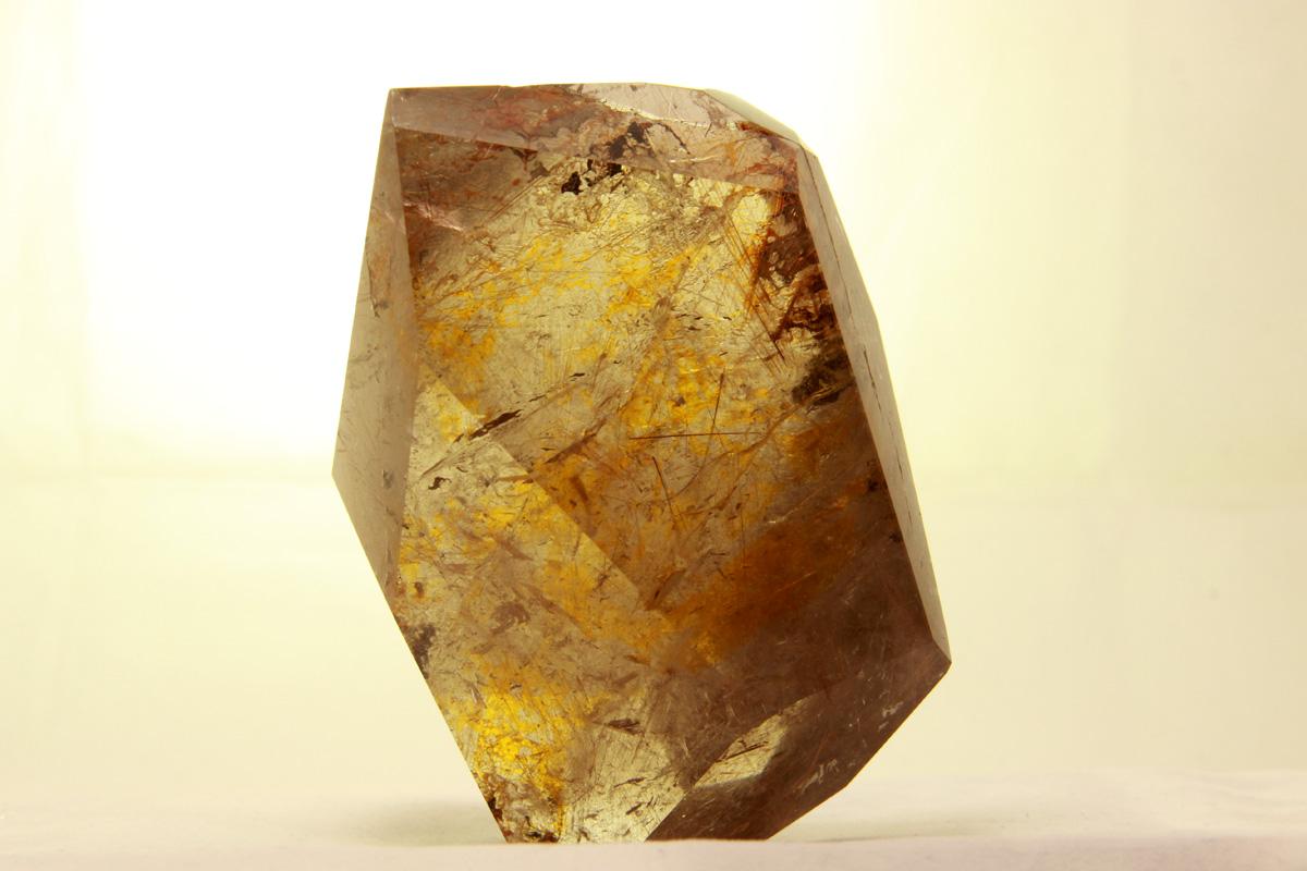 mineral kvarc rutil