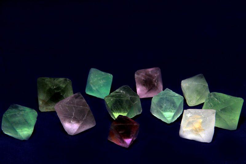 fluorit prirodni kristali