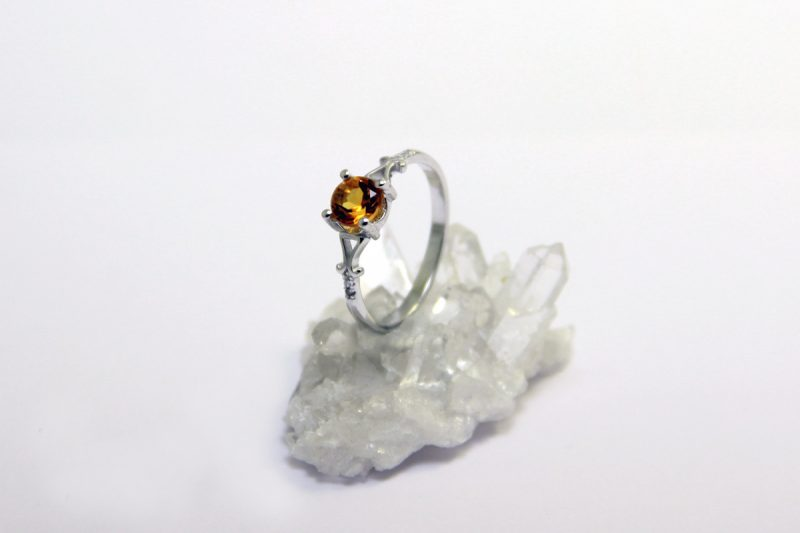 peridot prsten