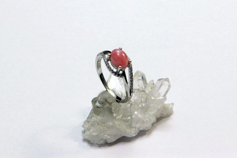 prsten pink opal