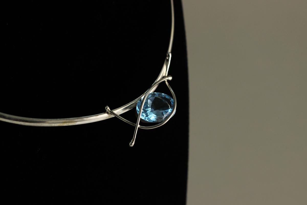 ogrlica brušeni topaz