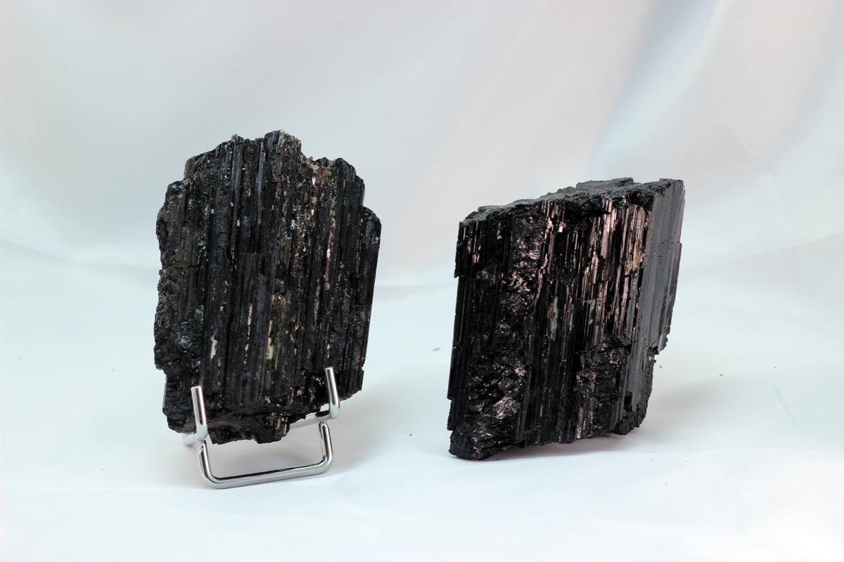 crni turmalin