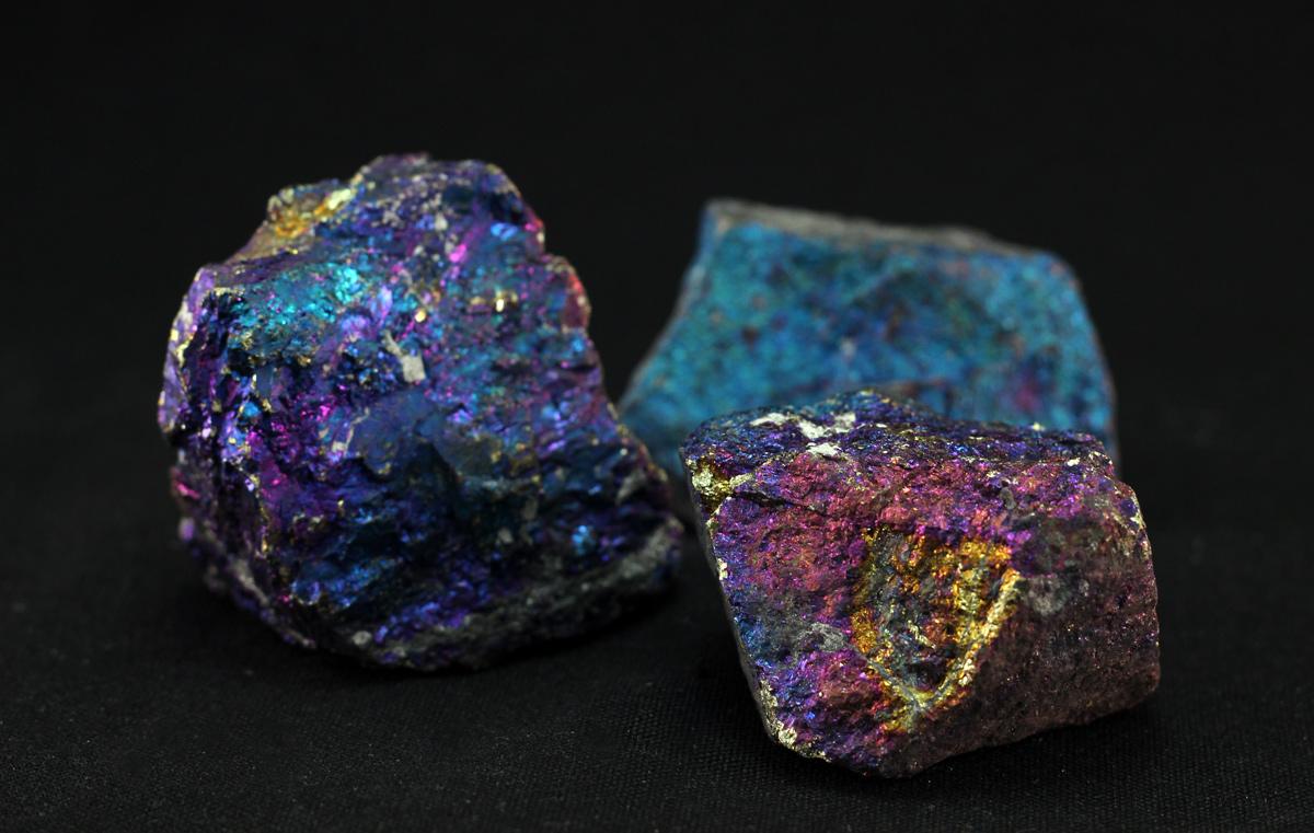 Neobrađeni mineral