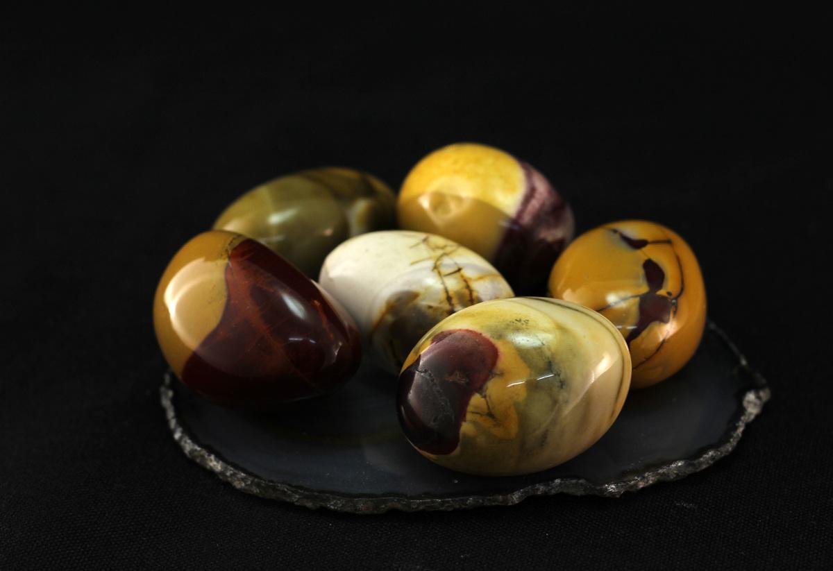 Jaspis mokait kamenčići veći