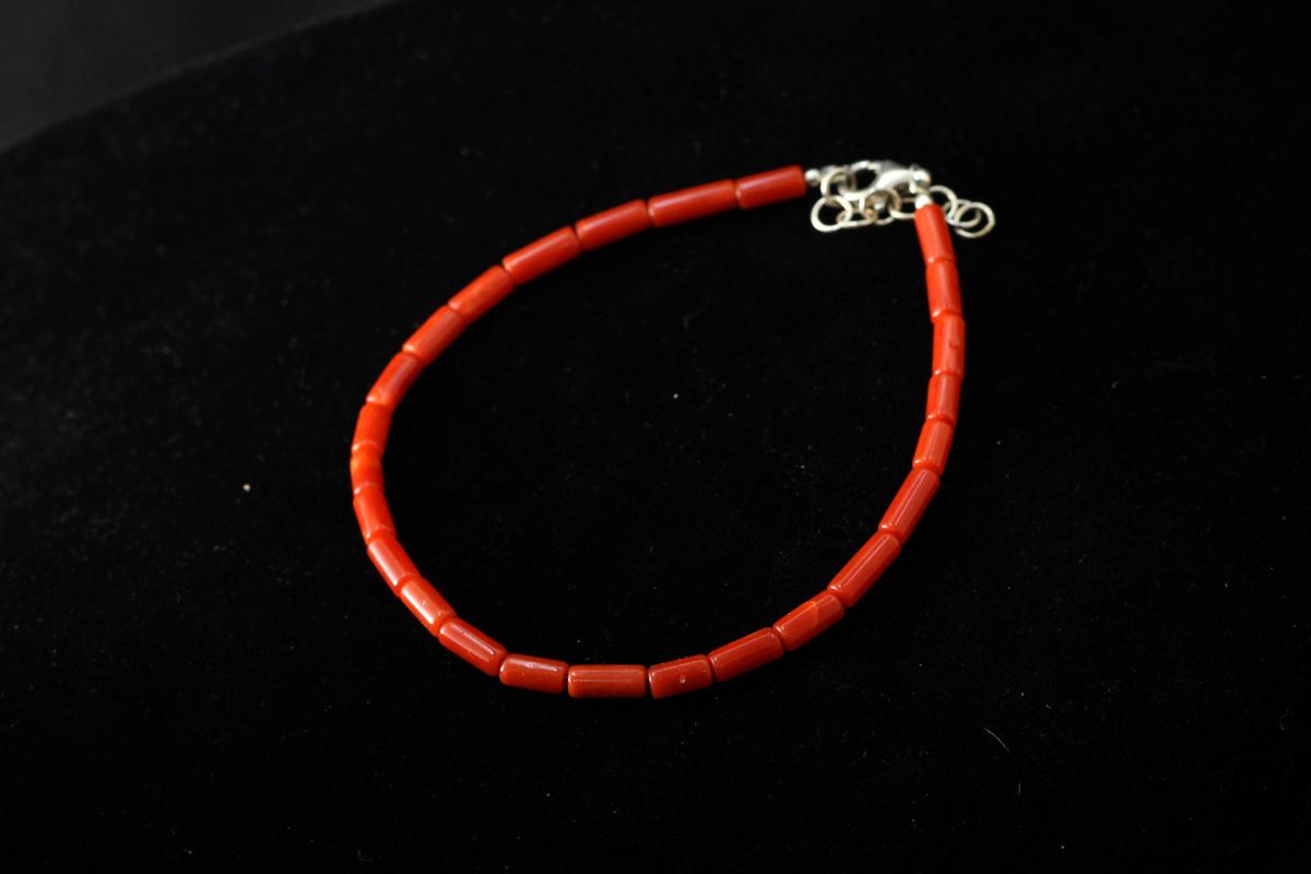 Narukvica od crvenog koralja