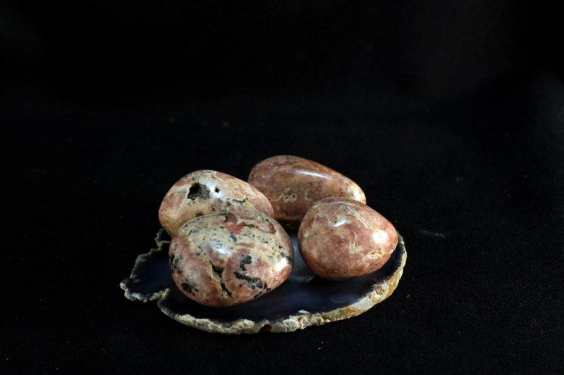 Rodokrizit kamenčići