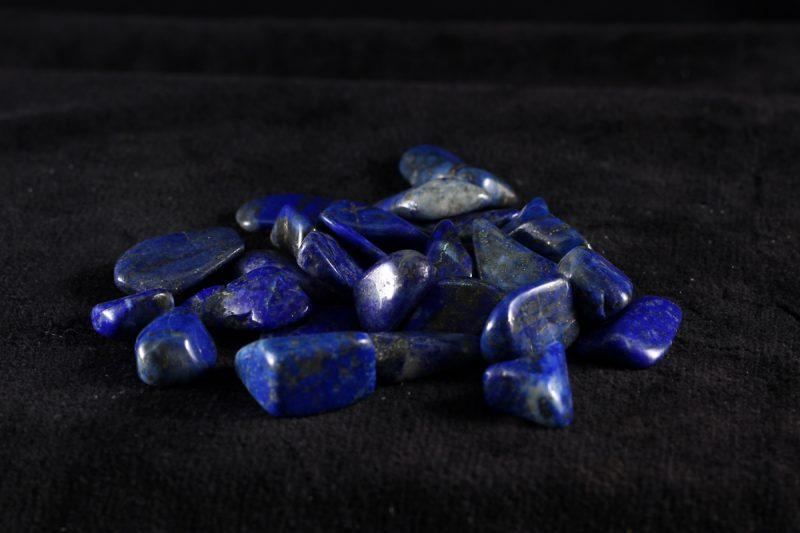 Kamenčić lapis lazuli