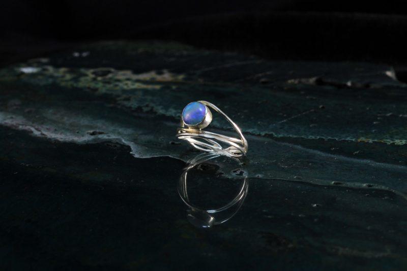 Prsten opal