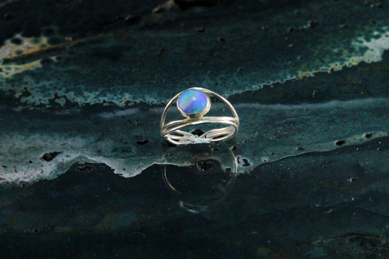 Unikatni prsten srebro i opal