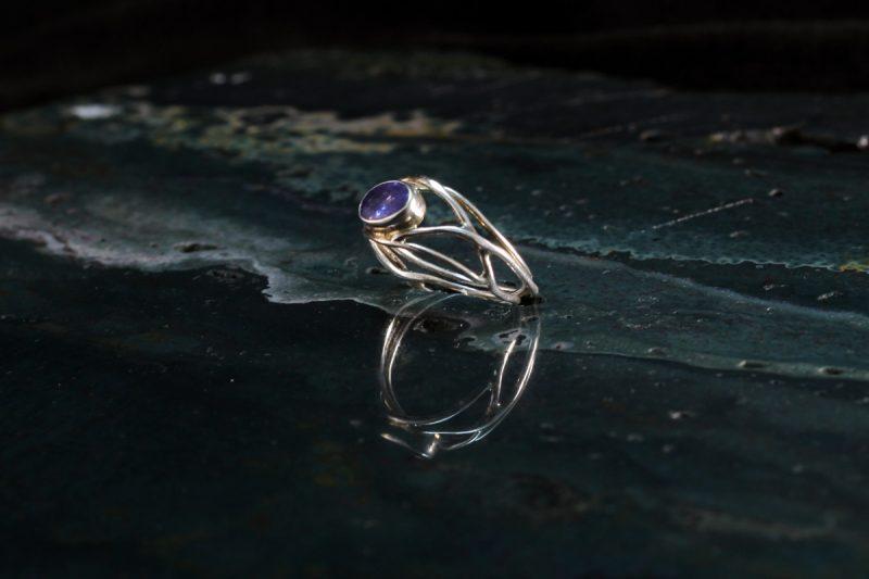Unikatni prsten tanzanit