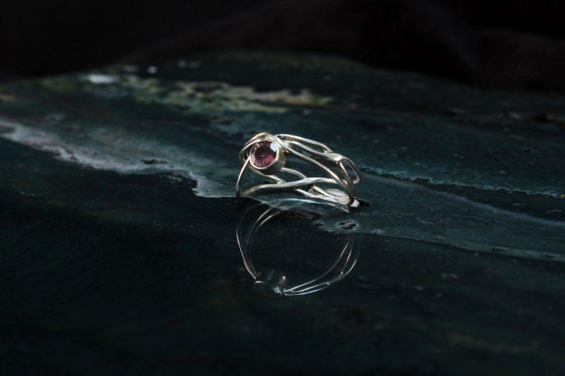 Unikatni prsten sa ružičastim turmalinom