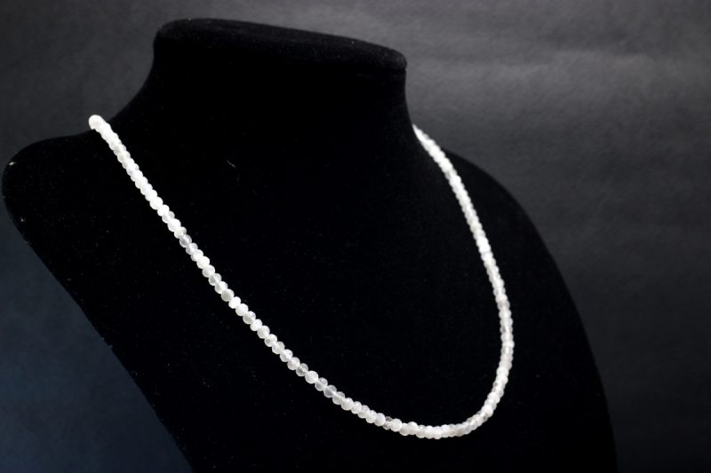 mjesečev kamen ogrlica
